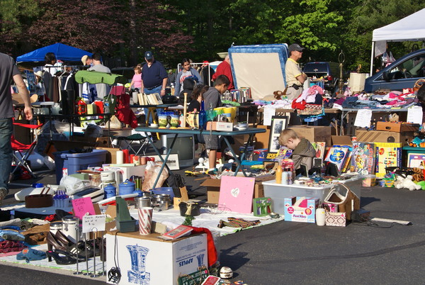 Giant Yard Sale at Woodland Park